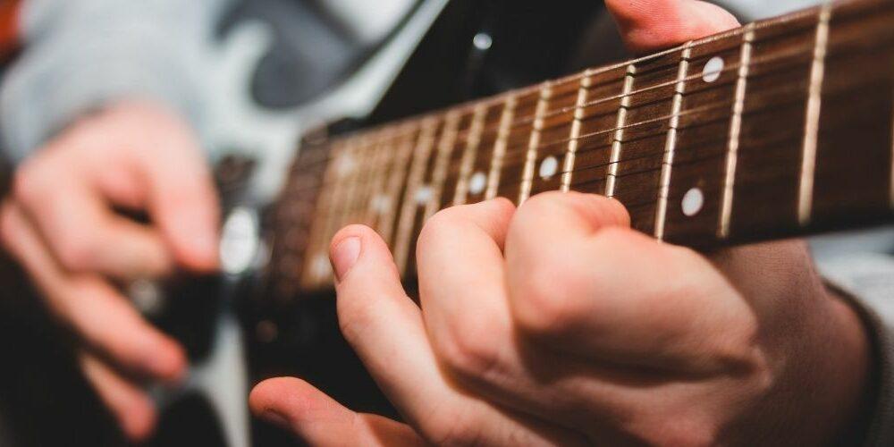 Clases de guitarra eléctrica online