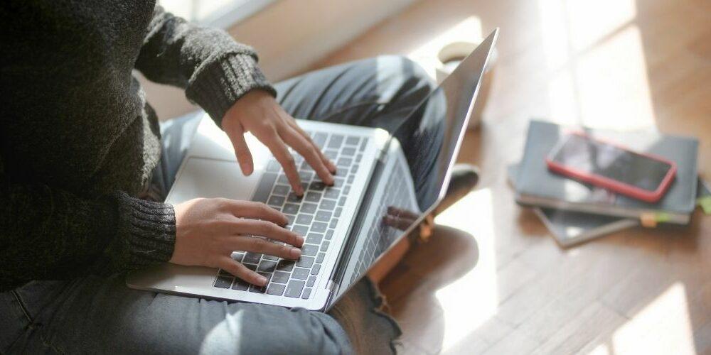 como es estudiar online