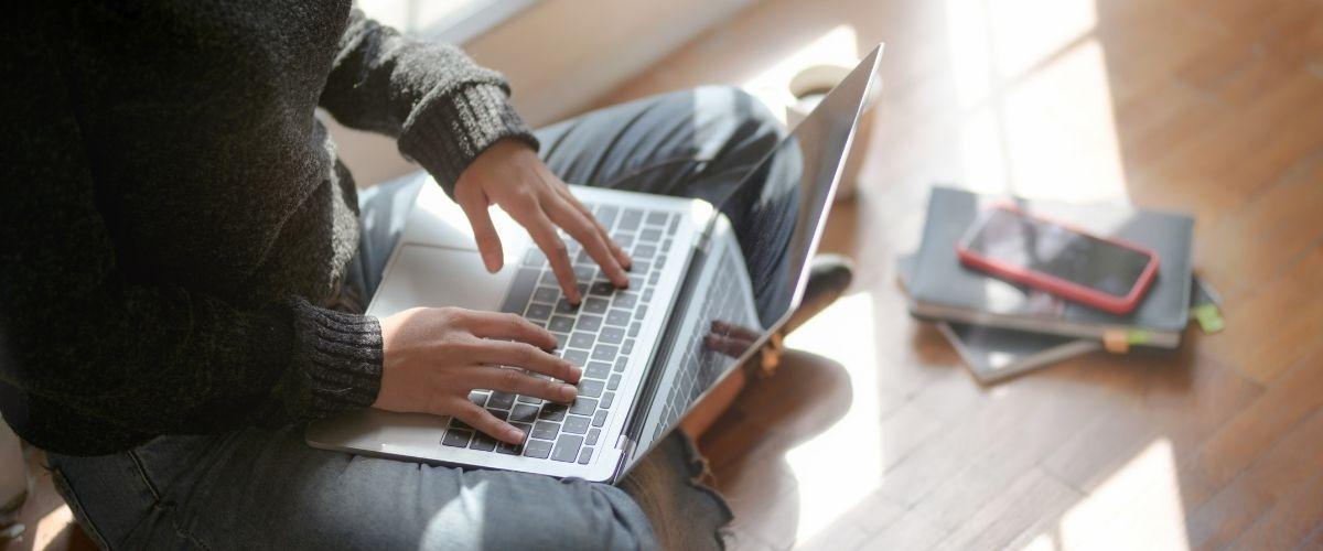 Como es estudiar online: Todo lo que necesitas