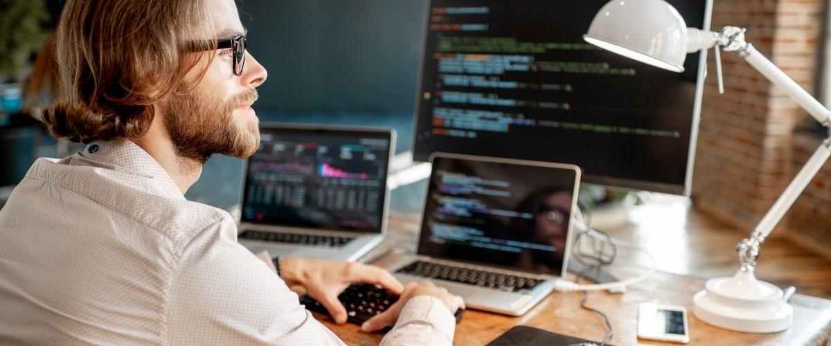 Lenguajes de programación más requeridos para empleos online